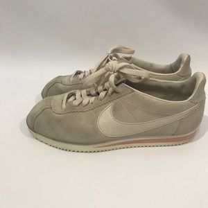 Nike Cortez Gray Pink Suede Leather Shoes sz 9.5